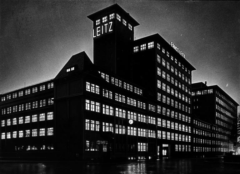 Leitz+Werk+nachts
