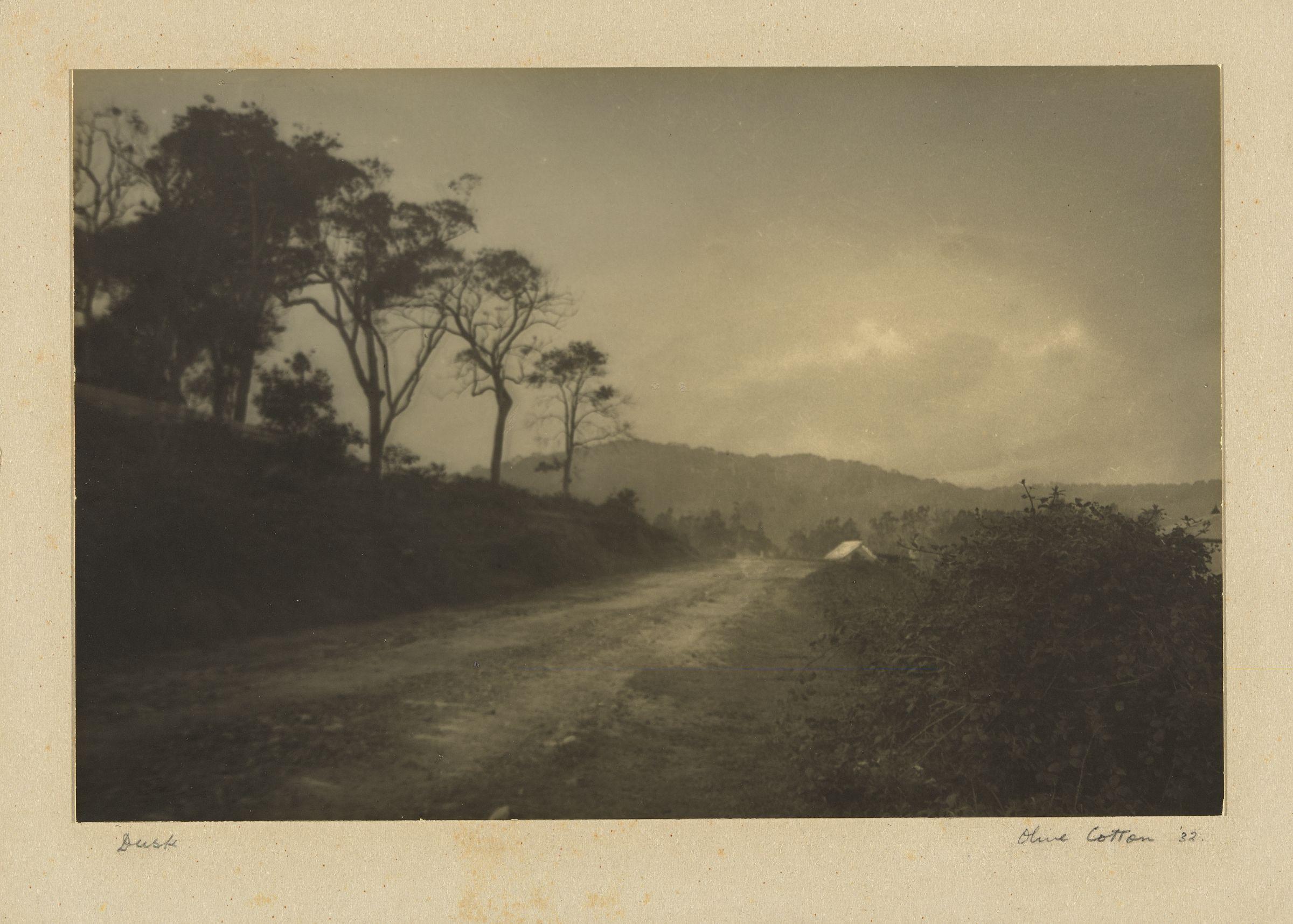 Dusk 1932