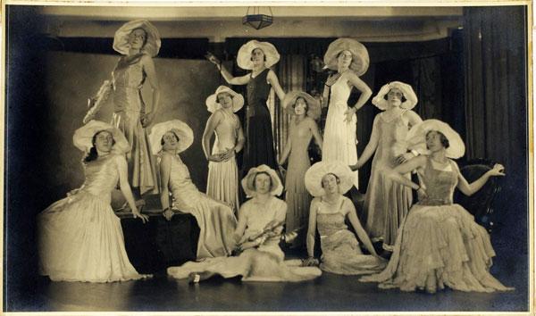 group-of-women-posing-ruth-hollick