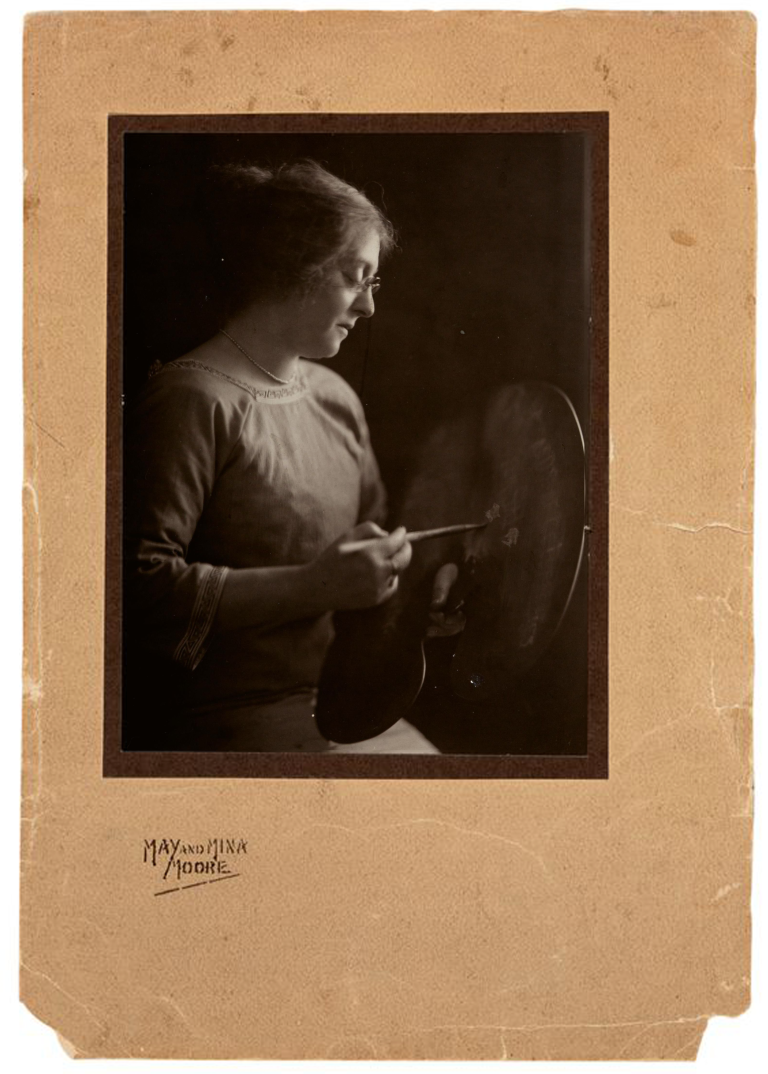 MAY AND MINA MOORE STUDIOS, Australia,1911 - 1928, Portrait of Ethel Carrick, c.1913-16, Sydney or Melbourne, toned gelatin-silver photograph, 19.6 x 14.7 cm (sheet) Gift of Mrs W H Schneider 1976, AGSA