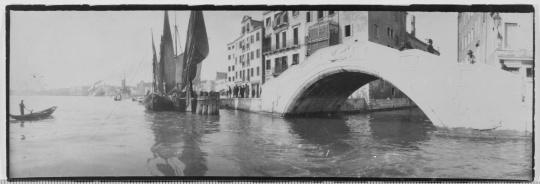 Constant Puyo Pont à Venise Photo (C) RMN-Grand Palais (musée d'Orsay) : image RMN-GP musée d'Orsay